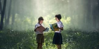 Australia students reading