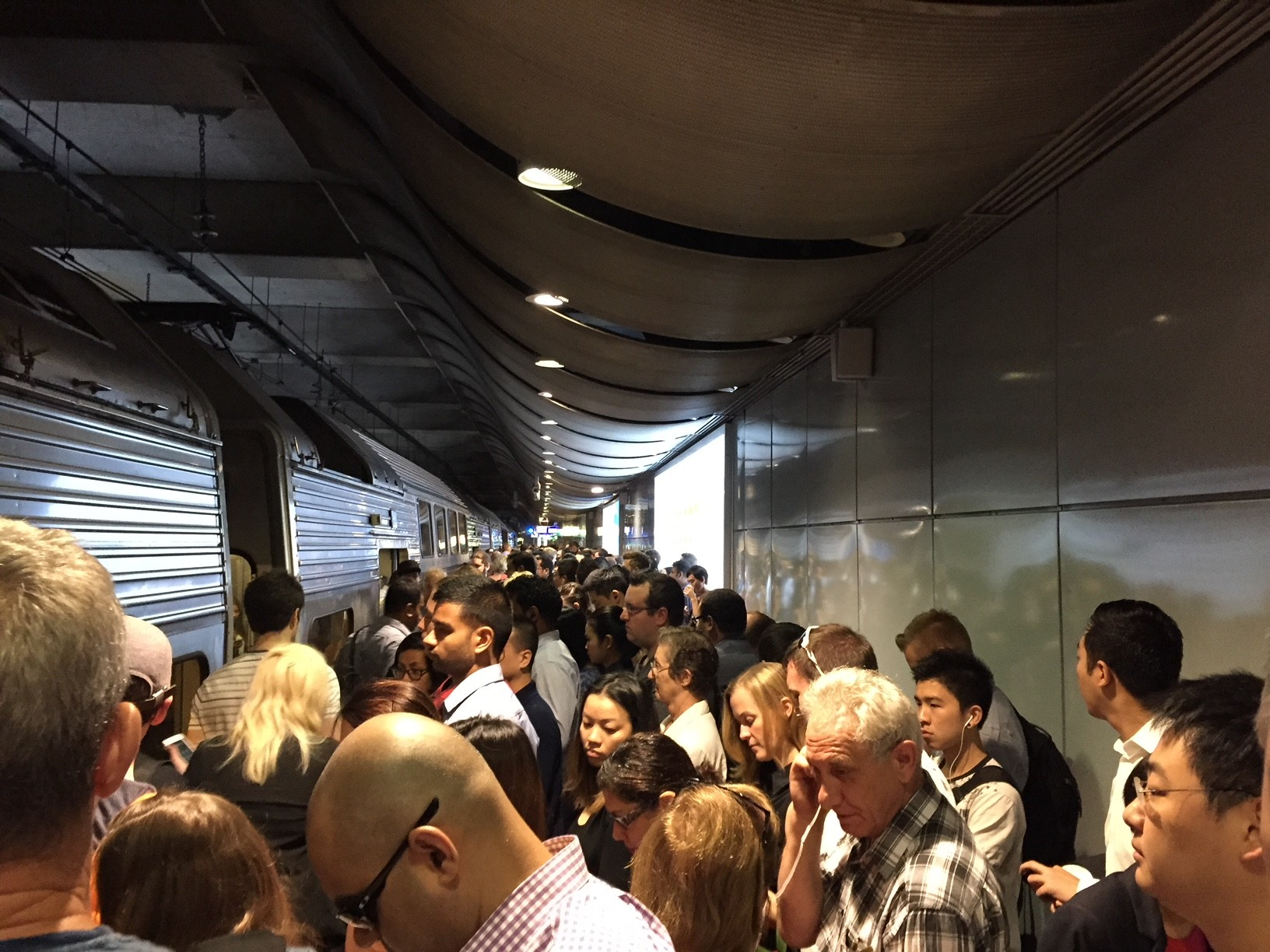 FairWork Commission halts Monday Sydney train strike