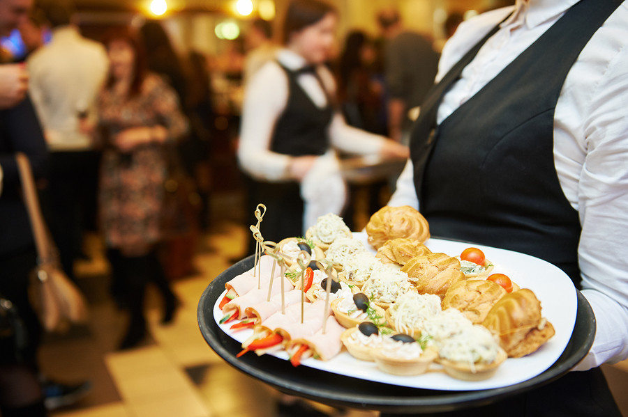 Essentials for hiring the best catering services