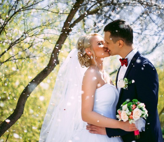 Smart weddings: Incredible ways to save money on your wedding day
