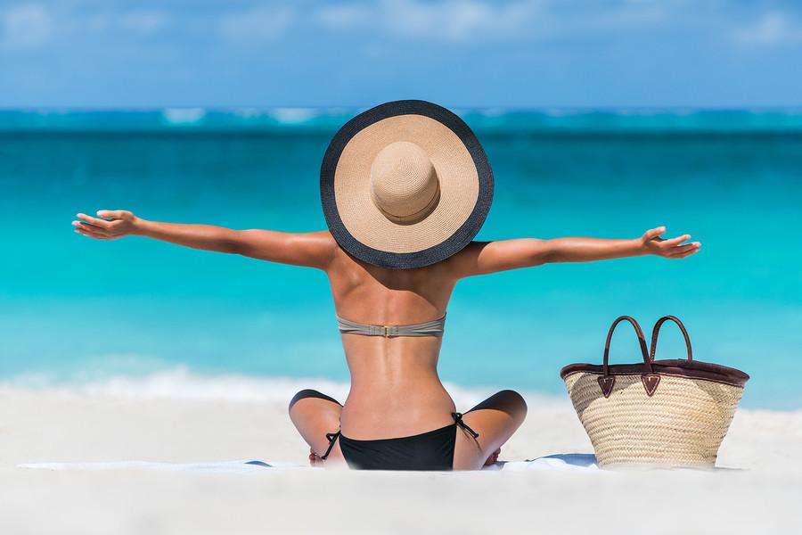 Секс кино фото наши женщины на отдыхе в отпуске женщина