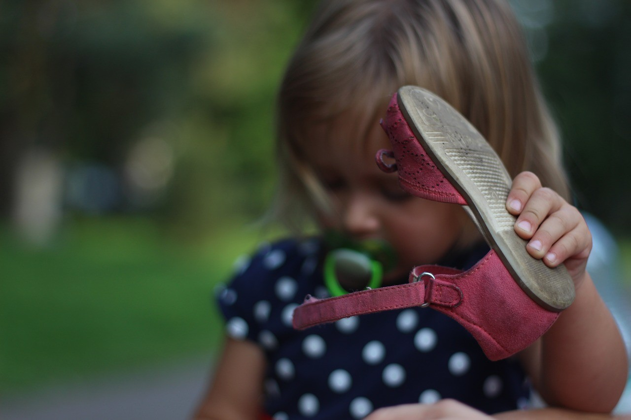 Essential Tips Choosing Childrens Shoes