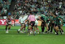 NRL game between Warriors and Roosters