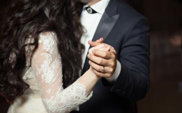 Reasons why every bride needs dance lessons