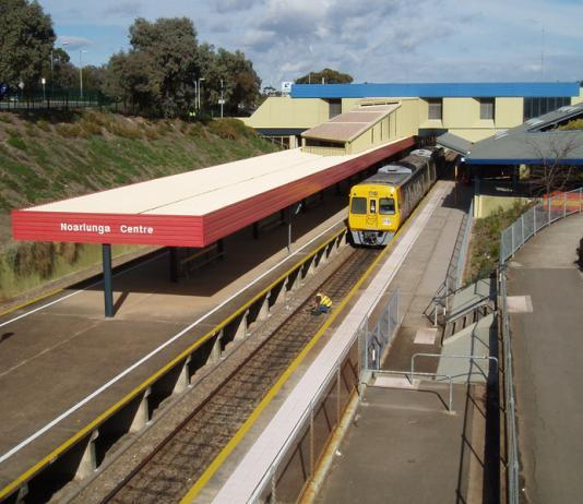 Federal Government accused of ignoring Adelaide rail and roads