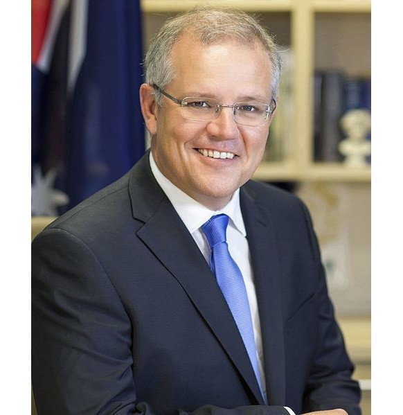 Federal Treasurer Scott Morrison has continued in resisting calls for him to apologise and admit he was wrong after he had routinely opposed any royal commission into the banking sector. Mr Morrison has instead directed his fire towards Labor's Bill Shorten who he accuses of politicising the issue.