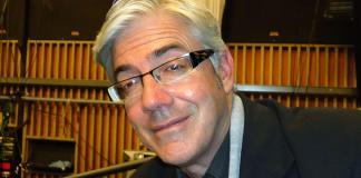 Shaun Micallef reveals he ditched two jokes from his Logies speech