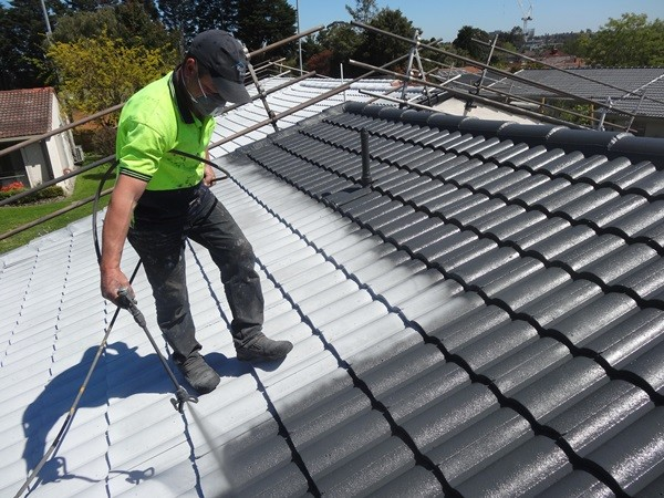 How much value is added by a new or restored roof