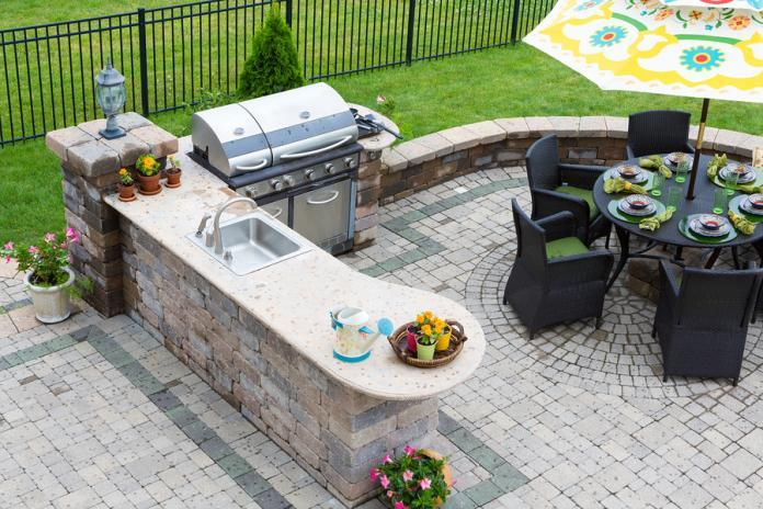 How to make the right choice for your outdoor kitchen flooring