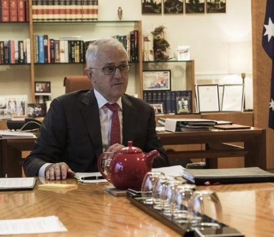 "Turnbull accuses Shorten of declaring ""war on business"", again"