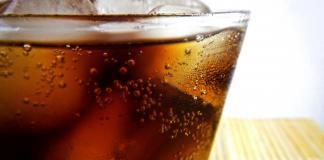 Sugar industry pledges to cut sugar, doctors sceptical