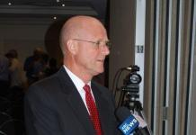 """David Leyonhjelm claims his comments were """"just abuse"""""""