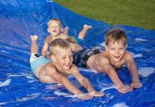 How to make a homemade slip and slide - Aussie Edition