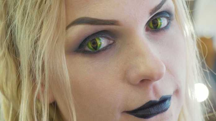 3 makeup looks to create when you wear 'black lenses'