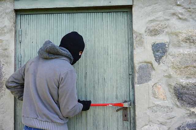 3 ways to secure your home while on holiday