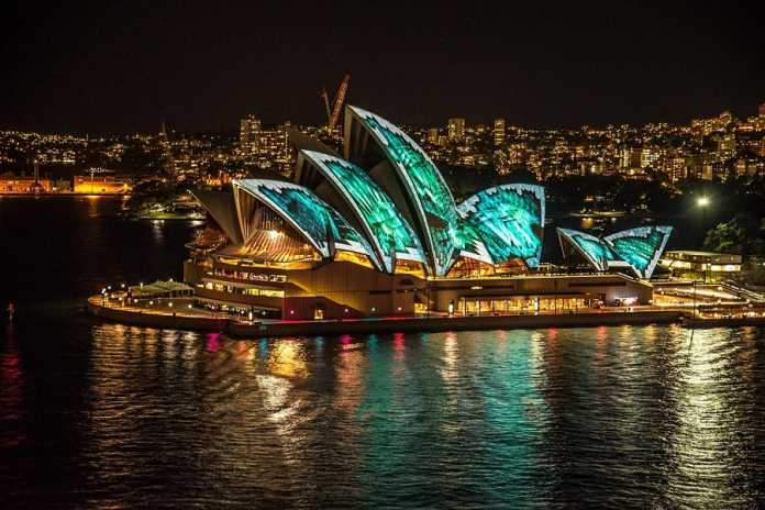 "Scott Morrison defends Opera House advertising as a ""no brainer"""