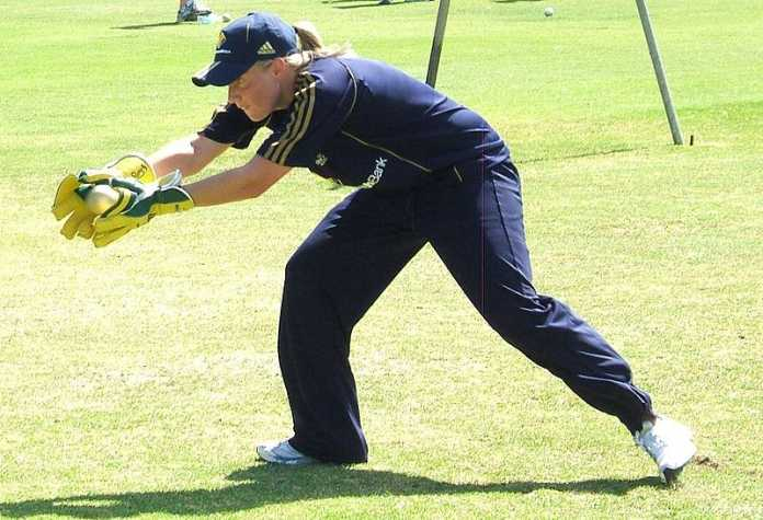 Aussie women get off to a flying start at World T20 tournament