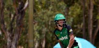 Aussie women demolish England to claim to World T20 title