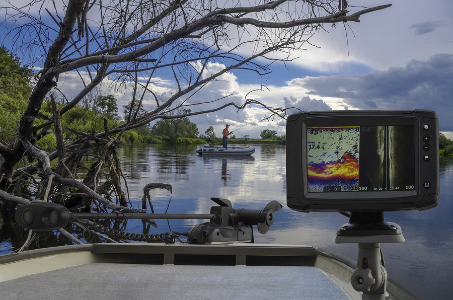 Fishfinder echolot fishing sonar at the boat