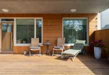 6 ways on how to make your timber deck last long