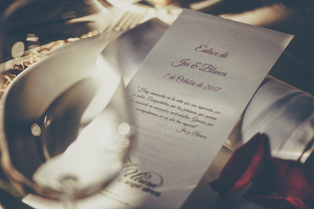 5 best wedding invitation shops online