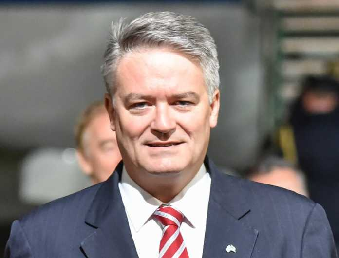 Cormann pays for outstanding holiday flights following media inquiries