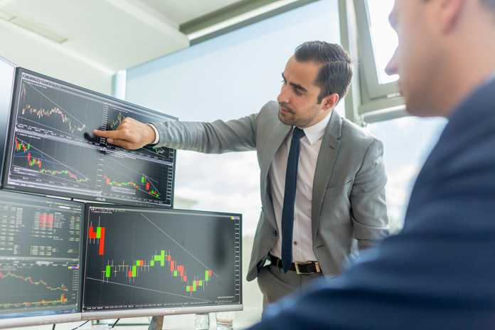AxiTrader provides a platform for high level currency trading