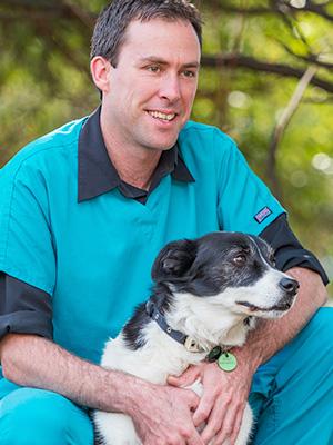 Dr Scott Linnane - Hobart Community Vet Clinic