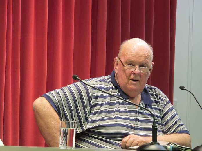 Australian poet, Les Murray, passes away aged 80