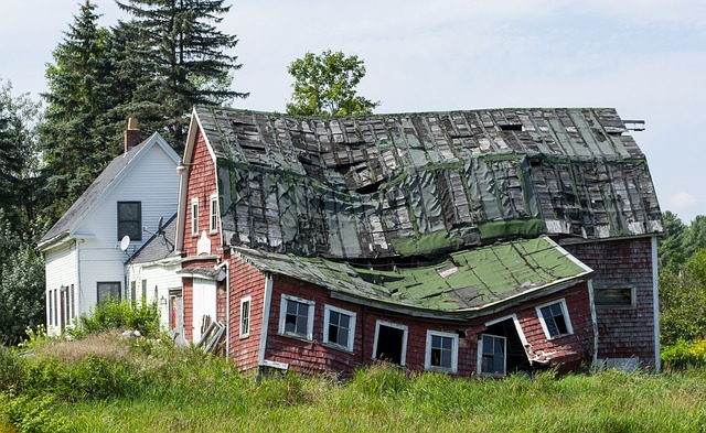 Uninhabitable farm house in the country