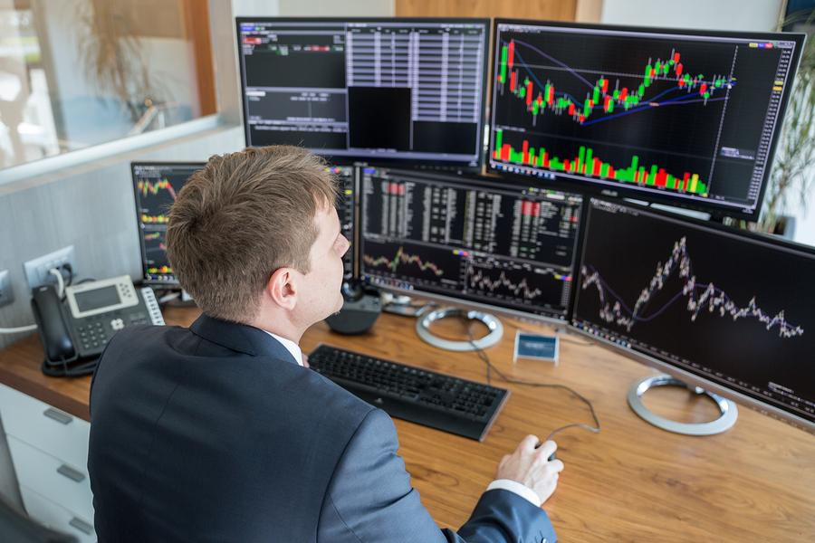Stock broker choose style