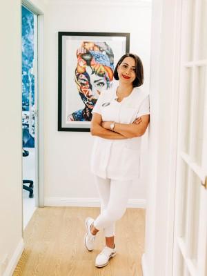 Dr. Sally Farhandi - Excellence In Dentistry