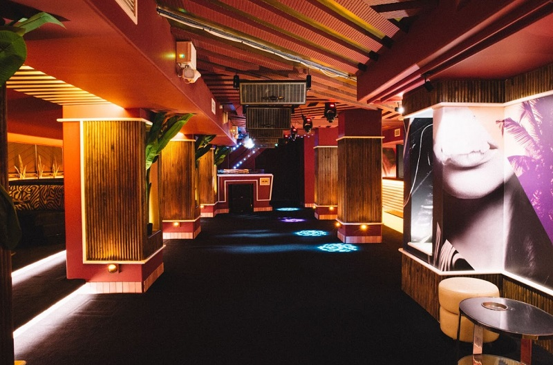 Flamingo Lounge