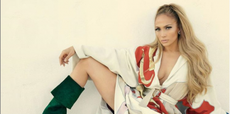 Did Jennifer Lopez shade rapper Drake in her Los Angeles show?