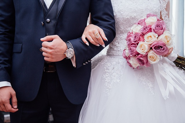 Best Marriage Celebrants in Adelaide