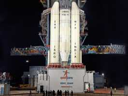 India's moon mission aborted over last minute 'technical snag'