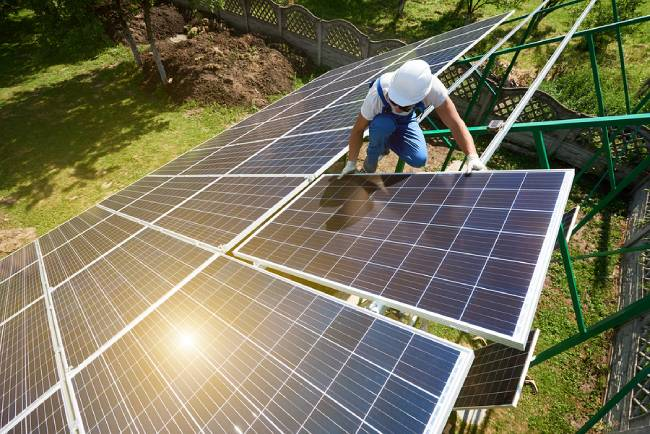 Best Solar Battery Suppliers in Hobart