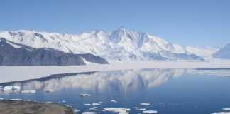Antarctica's glacial melting is becoming irreversible, research says