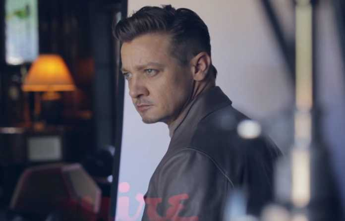 Find out which comic hero role Jeremy Renner turned down