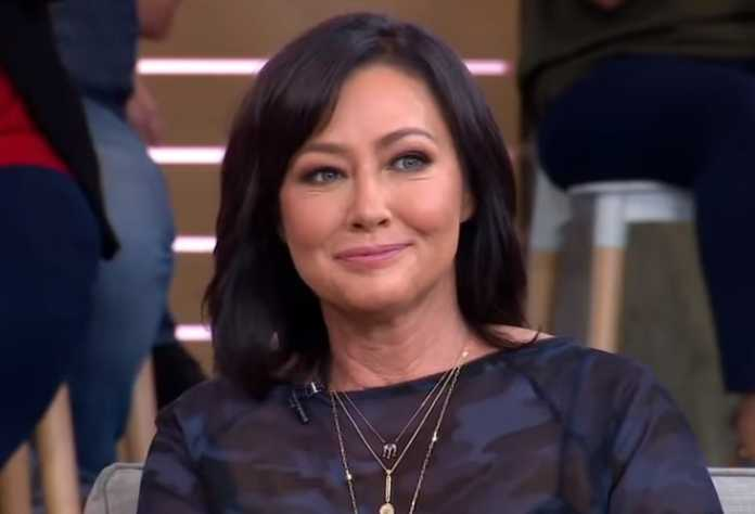 Shannen Doherty honors Beverly Hills 90210 co-star Luke Perry