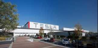 Tesla drops lawsuit against company short-seller after court asks to turn over evidence