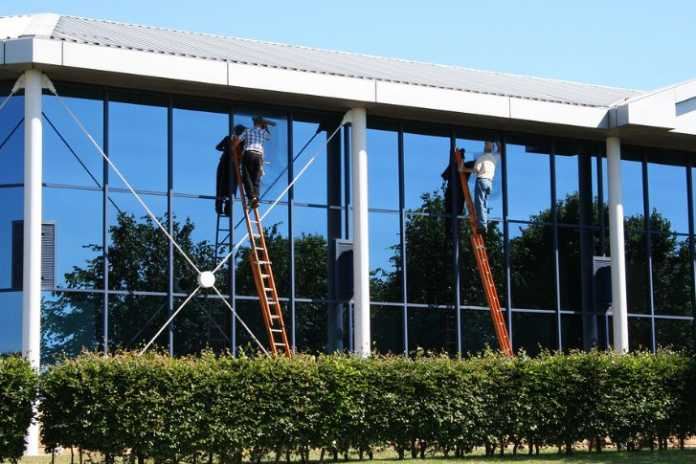 Best Window Cleaners in Canberra