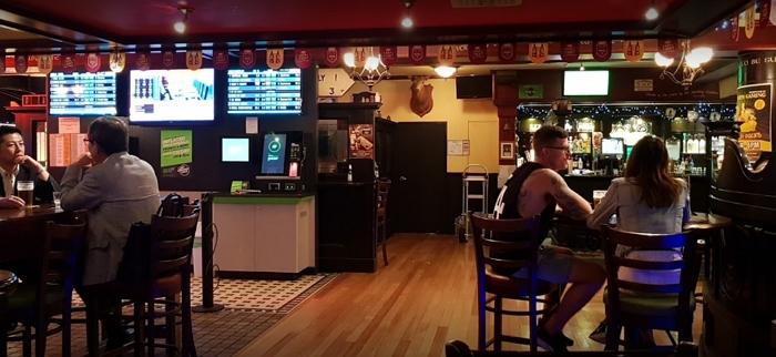 Waxy's Irish Pub