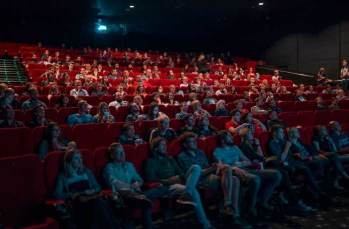 Streaming vs. screening: survey shows millennials prefer the cinema