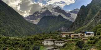 5 reasons to trek to Annapurna Base Camp in autumn
