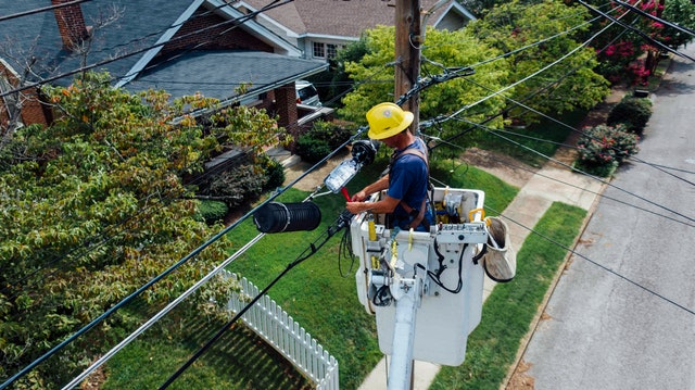 Getting professional electrical services for rental properties