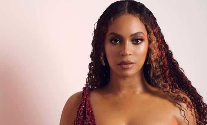 """Beyoncés team salutes the Emmys with the finger after """"Homecoming"""" snub"""