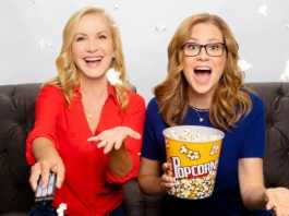Jenna Fischer, Angela Kinsey revisit 'The Office' on new podcast
