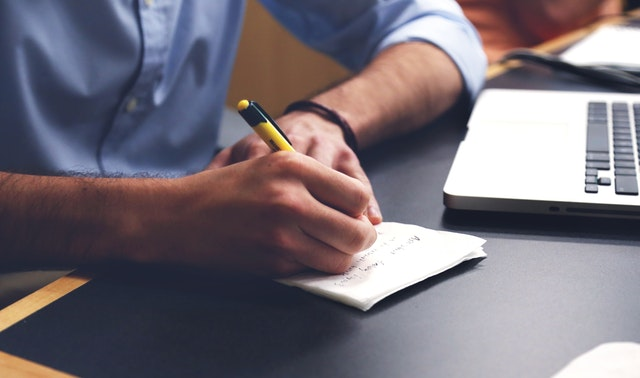 Improve your confidence by implementing expert resume writing services