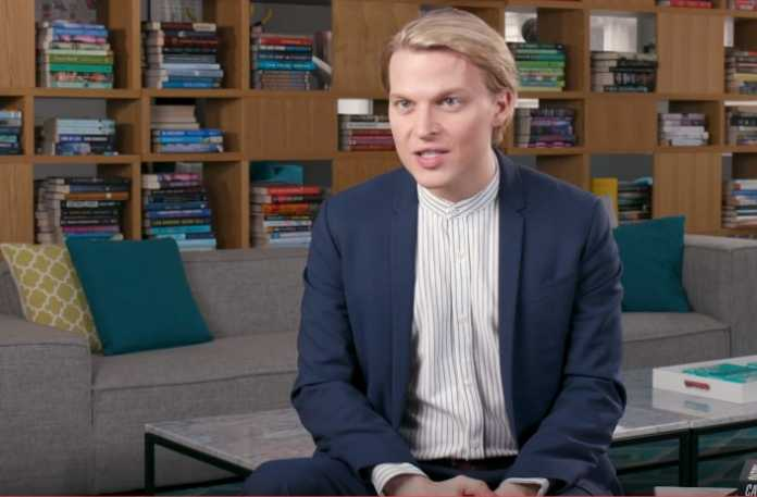 """Ronan Farrow to launch podcast based on best-seller, """"Catch and Kill"""""""